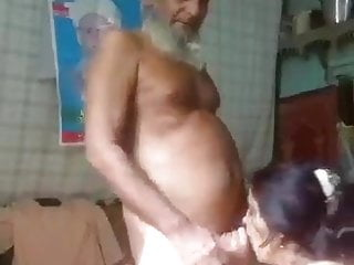 Pakistani Grandpa Involving Ruler Wife